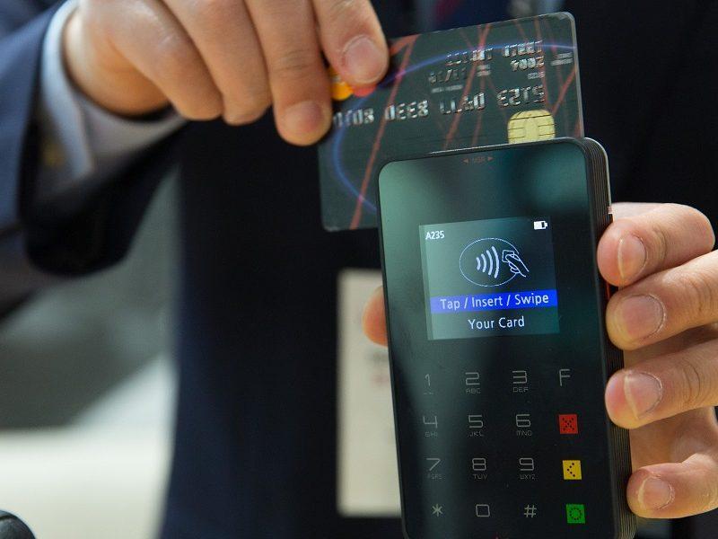 credit-card-1730085_900x600
